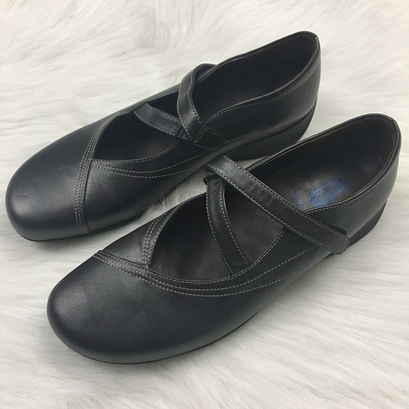 5df8ec458e9 Wolky Passion Mary Janes Anthracite Gray Leather. M 5b80c682cdc7f78f7f513b43